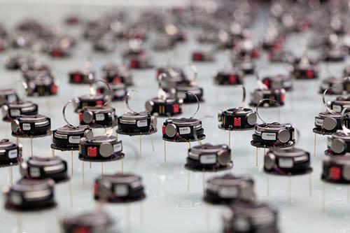 نمایی از ریز ربات های ازدحامی یا گروهی